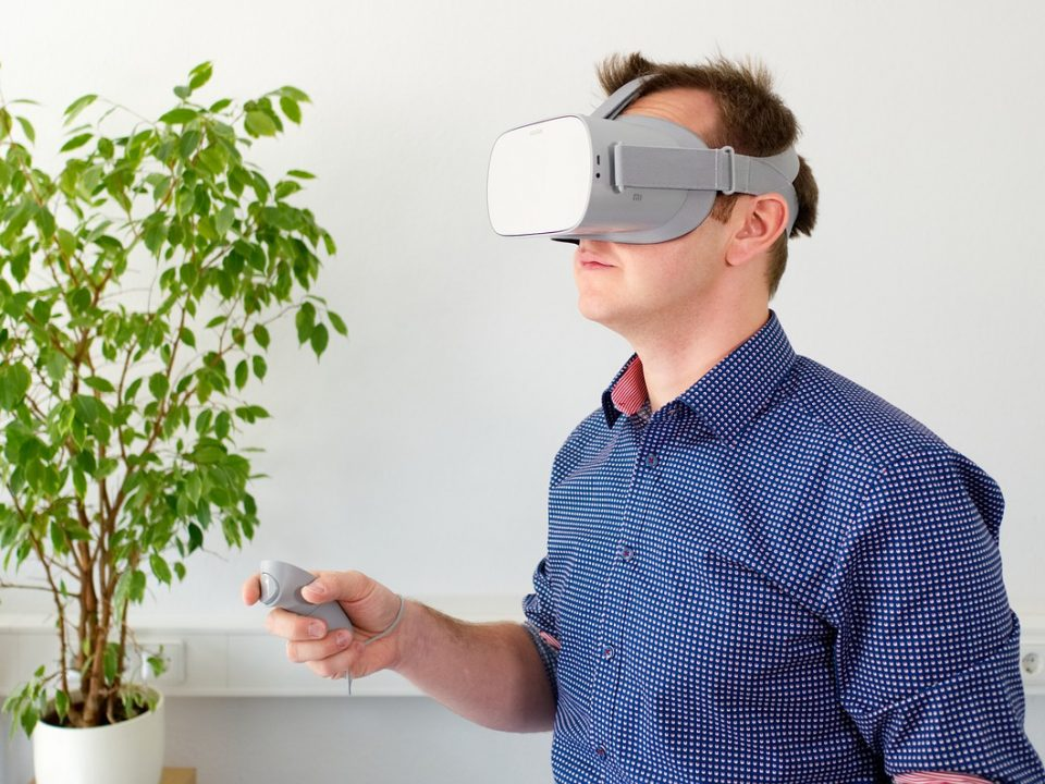 Worker with VR glasses